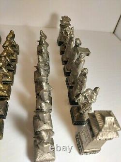 Asian Themed Chess Set Chinese Oriental Vintage Gold Silver Pewter Velvet