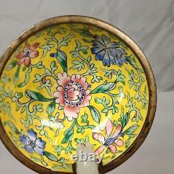 Chinese Qing Dynasty White Jade Belt Hook On Painted Enamel Gilt Bronze Bowl