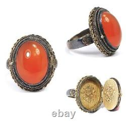 Old Chinese Carnelian Silver Gilt Poison Ring