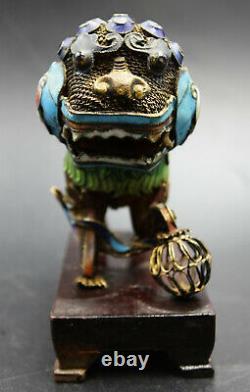 19ème Siècle Argent Chinois Et Émail Doré Foo Dog Guard Lions Sculpture Paire