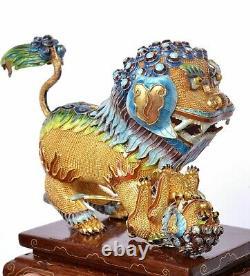 2 Chinois Gilt Argent Massif Enamel Foo Fu Dog Lion Bois Sculpté Stand & Box