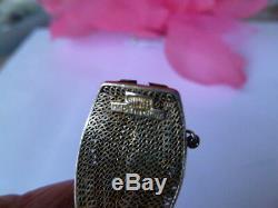 Bracelet Doré À Panneaux En Argent, Émail Et Jade Signés Chinois