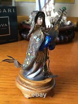 Chine Export Argent Enamel Gilt Filegree Figurines Avec Support D'inlay Argent