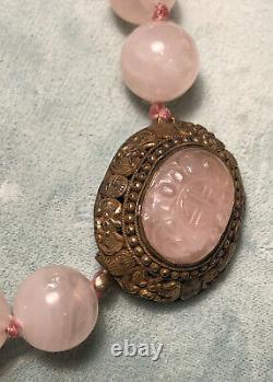 Collier Antique Chinois De Quartz De Rose Avec Le Fermoir De Dorure D'argent Avec Des Chauves-souris Et La Pierre Découpée