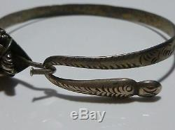 Domaine Oriental Chinois Sterling Silver Gold & Grenat Dragon Bracelet