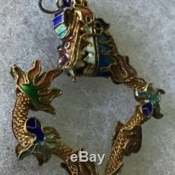 Vintage Chinois D'exportation Pendentif Dragon Coloré Or Sur Argent Émaillé